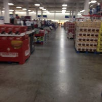 Photo taken at Sam's Club by Angelo A. on 11/7/2013