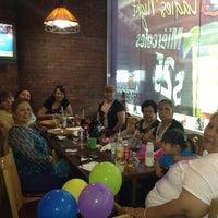 Photo taken at Applebee's by Fer E. on 6/22/2013