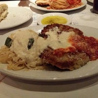 Photo taken at Romano's Macaroni Grill by LaQueena S. on 5/21/2014