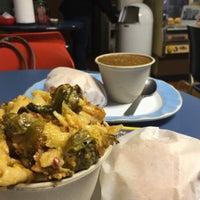 Photo taken at Grateful Bread & Freakbeat Vegetarian by Rumil B. on 12/20/2015