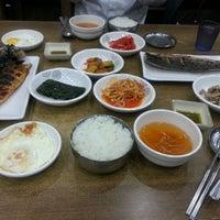 Photo taken at 어굼터 by Seokjin Y. on 5/8/2014