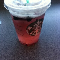Photo taken at Starbucks by Alexandre P. on 6/15/2014
