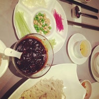 Photo taken at Chao Yang Chinese Cuisine 朝陽飯莊 by ovey y. on 12/19/2012
