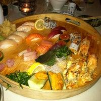 Photo taken at Moshi Sushi Bar by Dante G. on 1/17/2013