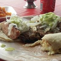 Photo taken at Tacos El Tapatío by Carlos B. on 4/15/2016