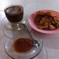 Photo taken at Rumah Kopi Billy by Youtie M. on 1/13/2014