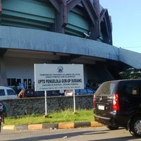 Photo taken at GOR Sudiang by Ferry M. on 6/28/2014