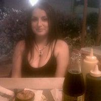 Photo taken at Entre 1/2 by Jessyta A. on 3/10/2013