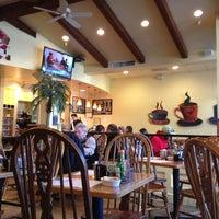 Photo taken at Jinky's Cafe Santa Monica by Криска on 2/12/2013