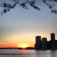 Photo taken at Brooklyn Heights by Amanda on 5/15/2013