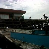 Photo taken at Pelabuhan speedboat kampung baru by Paula J. on 11/21/2013