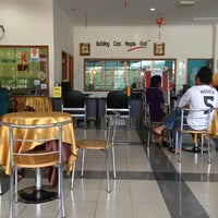 Photo taken at Perodua Service Center Rawang by Puvanendren M. on 2/9/2013