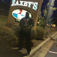 Photo taken at Zaxby's Chicken Fingers & Buffalo Wings by Big M. on 8/22/2016