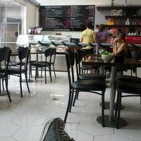 Photo taken at Suplicy Cafés Especiais by Renato M. on 12/16/2012