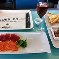 Photo taken at Bubbles Seafood & Wine Bar by Noel P. on 1/18/2013