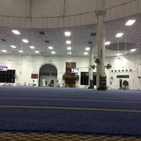 Photo taken at Masjid Nasiruddin Shah by Luq'man on 6/20/2014