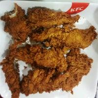 Photo taken at KFC Restaurant by Ankita T. on 1/17/2014