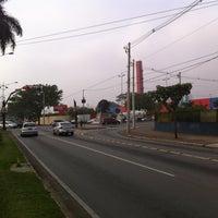 Photo taken at Avenida Guido Aliberti by Geraldo S. on 6/13/2013