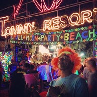 Photo taken at Full Moon Party by Yuttapong T. on 7/25/2013