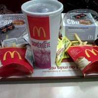 Photo taken at McDonald's by Lali H. on 6/15/2013