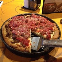 Photo taken at Uno Pizzeria & Grill - Tilton by R on 2/20/2014
