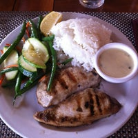 Photo taken at Uncle's Fish Market & Grill by leilani F. on 1/2/2013
