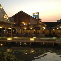 Photo taken at Nathong Restaurant by คุณชาย ป. on 3/29/2013