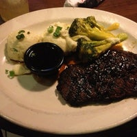 Photo taken at TGI Fridays by Pablo E. on 3/10/2013