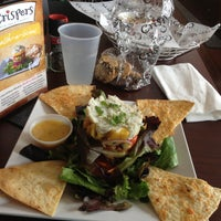 Photo taken at Crispers Fresh Salads, Soups and Sandwiches by WenLin C. on 4/14/2013