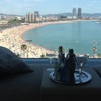 Das Foto wurde bei W Barcelona von Rob S. am 6/17/2013 aufgenommen