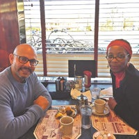 Photo taken at Cherry Hill Diner by Roberto H. on 1/11/2015