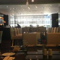 Photo taken at Restaurante Latitudes by Adan R. on 5/21/2013