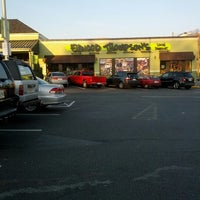 Photo taken at Ellwood Thompson's by Fitz M. on 12/1/2012