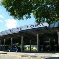 Photo taken at Terminal Rodoviário Miguel Mansur by Dâmaris C. on 3/30/2013
