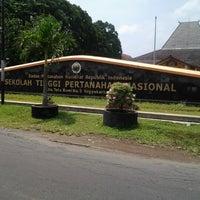 Photo taken at Sekolah Tinggi Pertanahan Nasional (STPN) by Farahmida A. on 3/30/2013