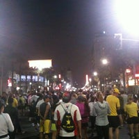 Photo taken at Hollywood Half Marathon & 5k / 10k by Kaitlyn on 4/6/2013