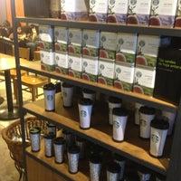 Photo taken at Starbucks by Horas P. on 8/11/2013