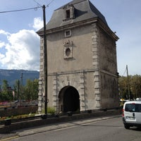 porte de historic site in grenoble