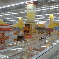 Photo taken at Transmart Carrefour by Cowo B. on 11/17/2012