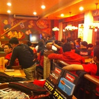Photo taken at Shakey's by Romar V. on 3/10/2013