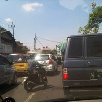 Photo taken at Jl Demak, Surabaya by Sjaifuddin S. on 9/17/2014