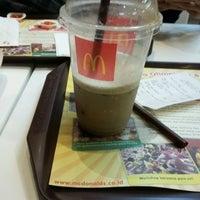 Photo taken at McDonald's by Ady U. on 12/20/2016