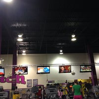 Photo taken at Planet Fitness by Felicia Y. on 2/28/2014