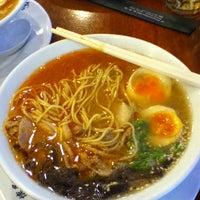 Photo taken at Hakata Ikkousha by Annisa R. on 1/20/2013