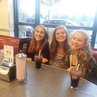 Photo taken at Johnny Rockets by Joseph W. on 8/22/2013
