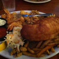 Photo taken at Duffy's Tavern & Restaurant by Laura C. on 7/8/2013