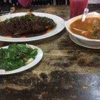 Photo taken at Seri Mesra Ikan Bakar & Seafood by Mohamad F. on 6/4/2016