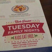 Photo taken at Bob Evans Restaurant by Zeb A. on 3/19/2013