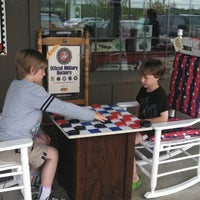 Photo taken at Cracker Barrel Old Country Store by Ed C. on 5/3/2013