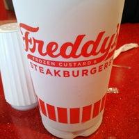 Photo taken at Freddy's Frozen Custard & Steakburgers by Veronica on 4/10/2013